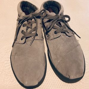 Toms gray suede ankle boots